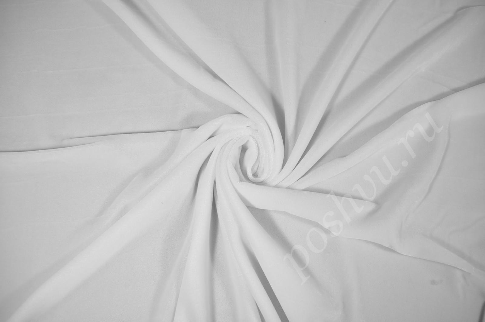 Бархат белого цвета