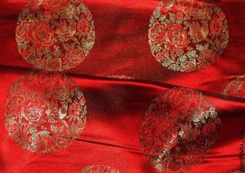 Ткань китайский шелк красный Медальон Роза