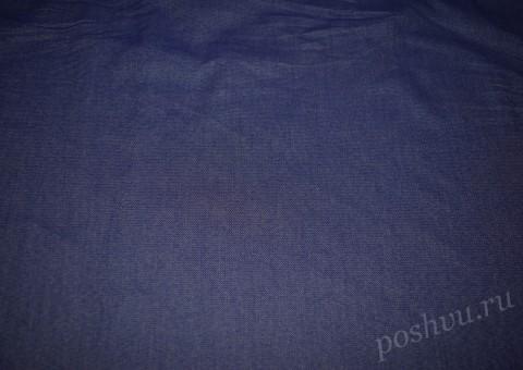 Ткань джинсовая синего цвета