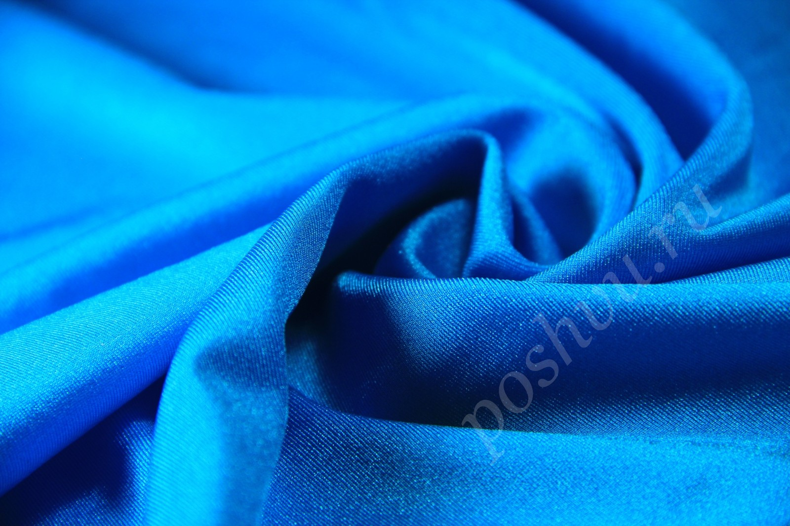 40c007ec46b11 Небесно-голубая ткань бифлекс — купить ткань бифлекс для любого типа ...