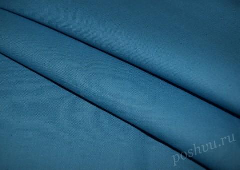 Ткань льняная голубого цвета