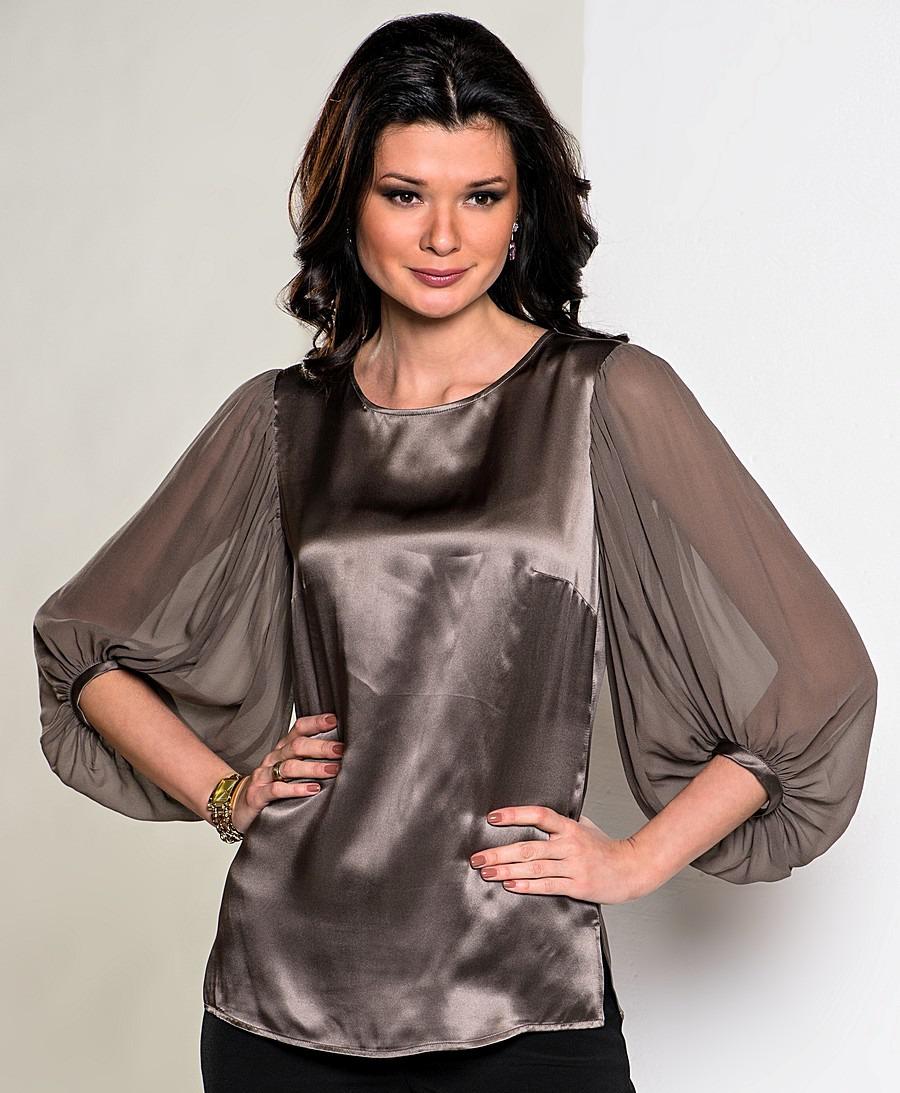 0df0d164ca6 Дизайнеры в этом сезоне предпочитают блузки под горло или с небольшим  круглым вырезом