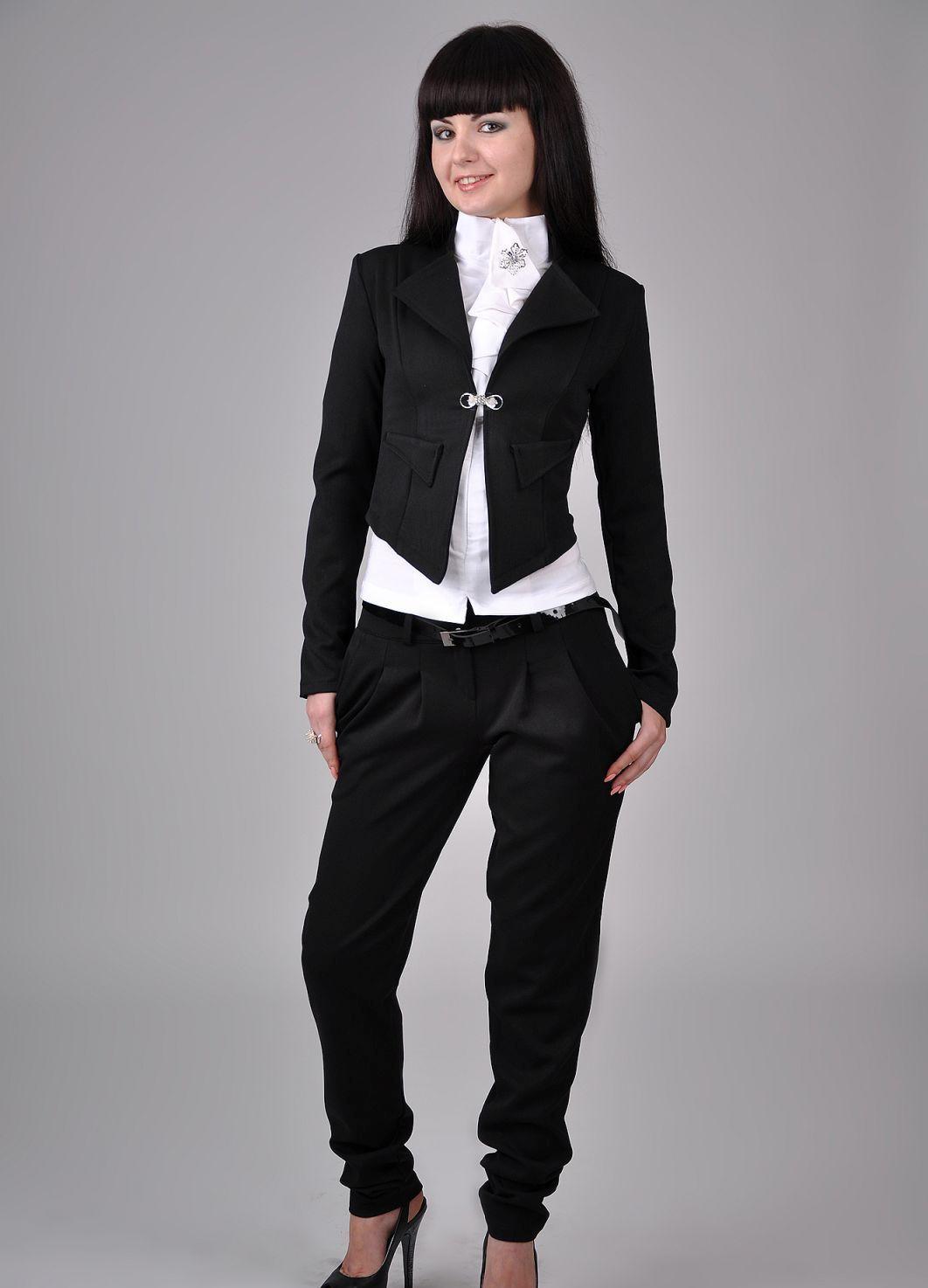Женский деловой костюм с юбкой с доставкой