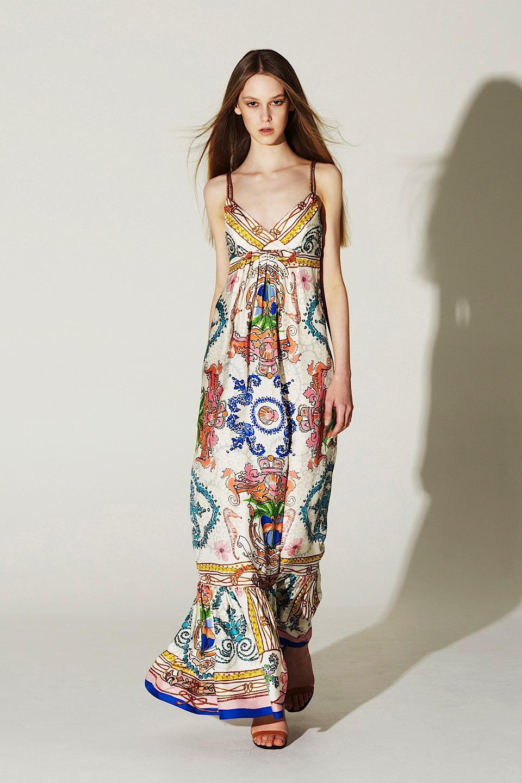 Платье набивной шелк