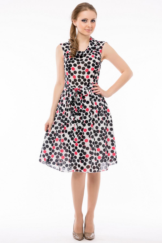 привлекает именно сам материал, из которого пошито платье. Однако, для создания летних платьев используют яркий принт, преимущественно цветочный
